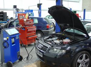 Car Air Conditioning Repair >> Air Conditioning Servicing And Repair Southampton Hampshire